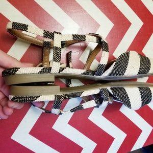 indigo rd Shoes - Nwot indigo rd genetic flats sz 8.5